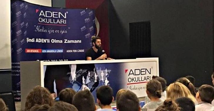 ÜNLÜ TÜRK YOUTUBER ADEN KOLEJİ'NDE