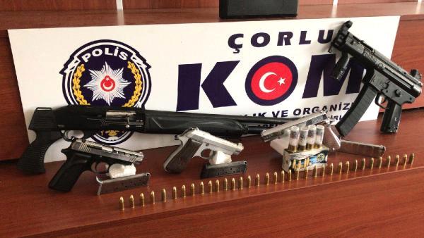 POLİS AKREPLİ ÇETEYİ ÇÖKERTTİ