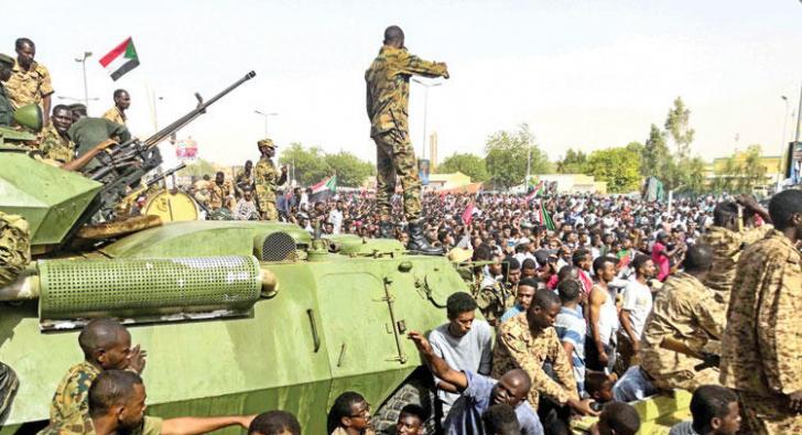 SUDAN'DAKİ ARAZİLERİN AKIBETİNİ SORDU