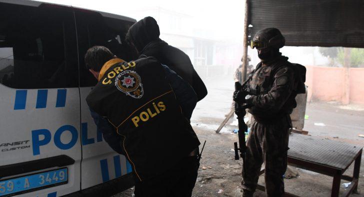ROMAN MAHALLESİ'NE ŞAFAK BASKINI
