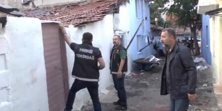 POLİSTEN 16 KİŞİYE OPERASYON
